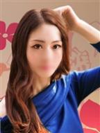 露島 瑠菜(つゆしま るな)の風俗嬢情報を見る